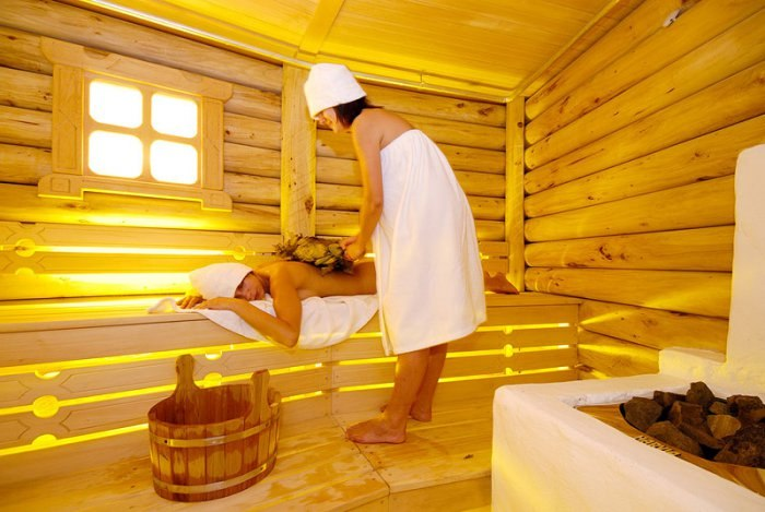 В чем польза бани для мужчин и женщин