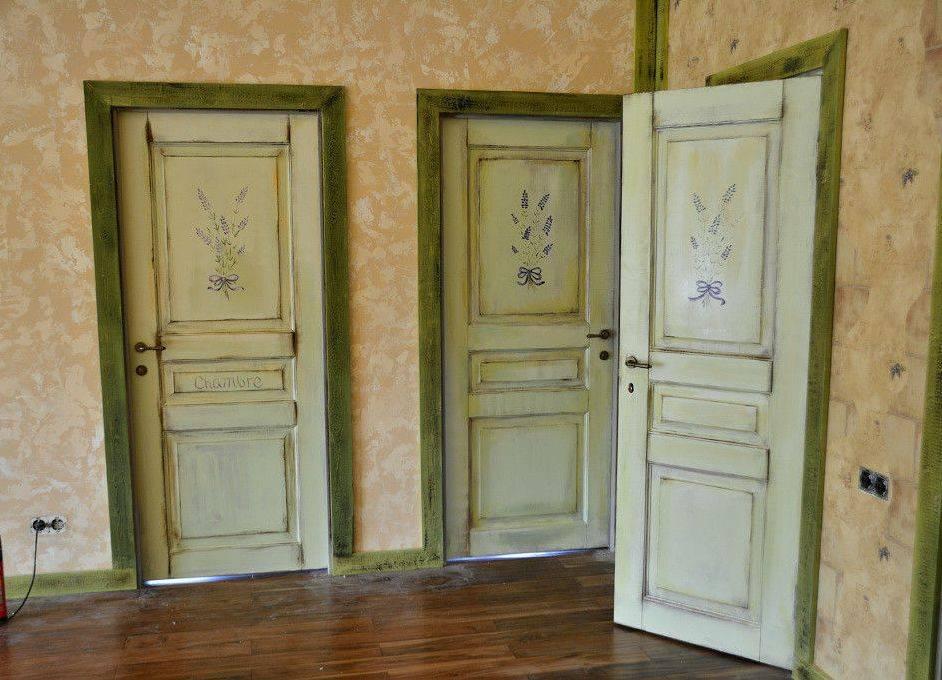 Покраска двери из массива сосны, ценных пород древесины, перекраска дверного полотна из дсп, мдф и филенки