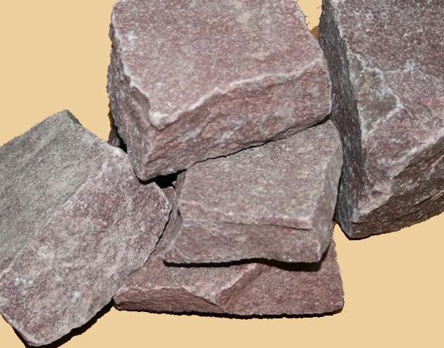 Малиновый кварцит: свойства камня для бани, месторождения в карелии. вредный или нет?