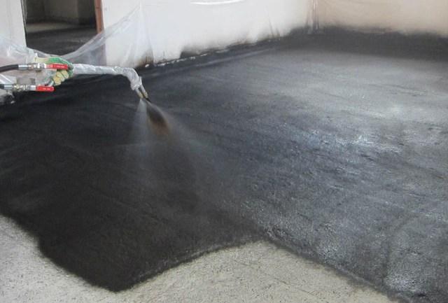 Гидроизоляция бани: способы защиты элементов конструкции от воздействия влаги