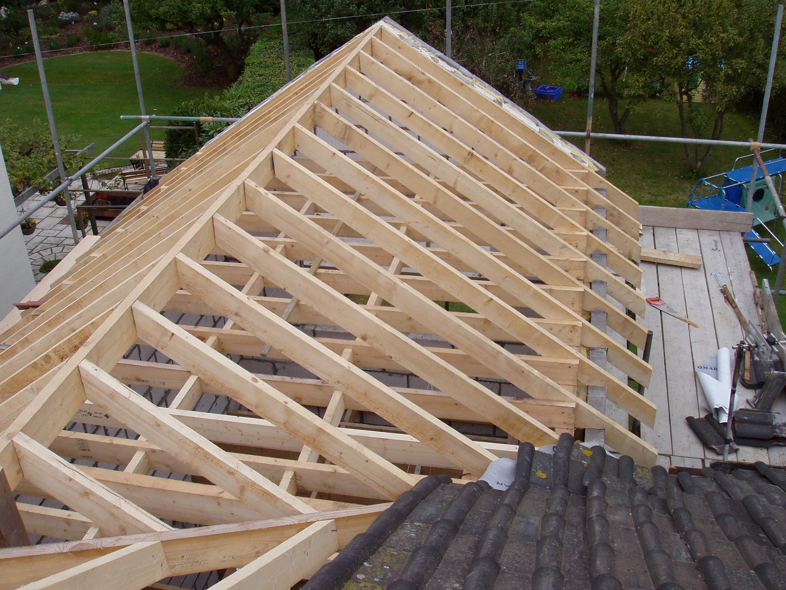 Как сделать крышу на бане: выбор конструкции и технология монтажа