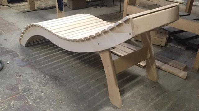 Как сделать скамейку: оригинальные идеи (чертежи, фотоотчеты)