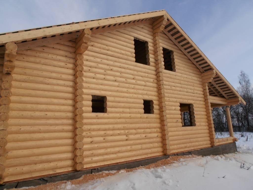 Дома из оцилиндрованного бревна. как их строят? на сайте недвио
