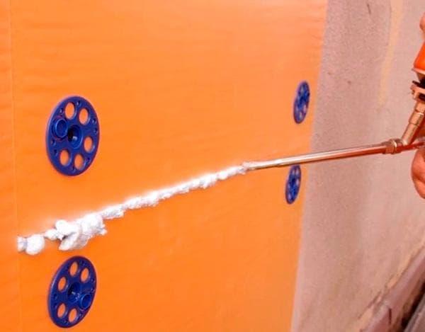Чем покрасить пенопласт: виды краски и методы нанесения
