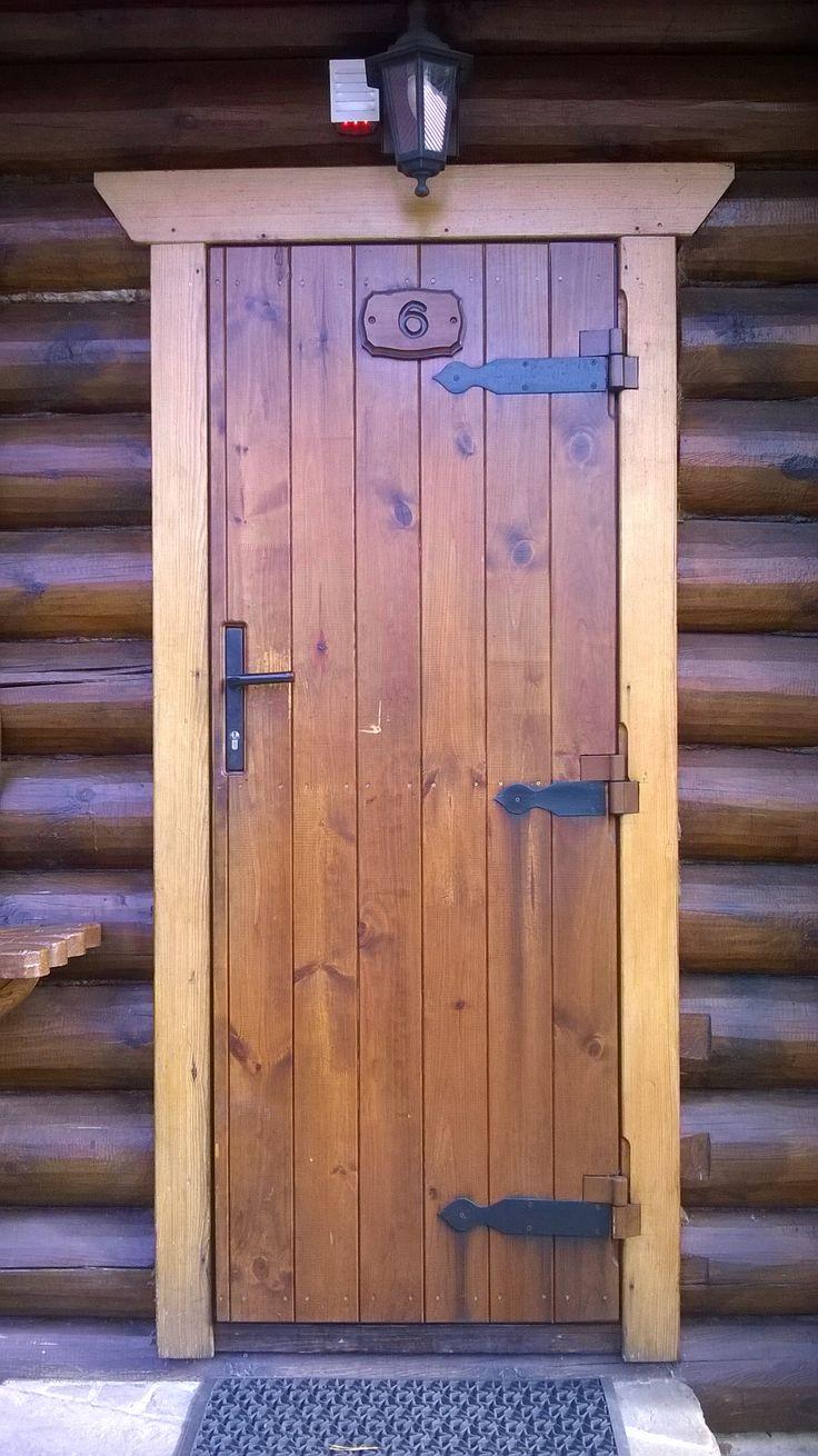 Дверь в баню своими руками: самостоятельная установка и возможные проблемы при монтаже