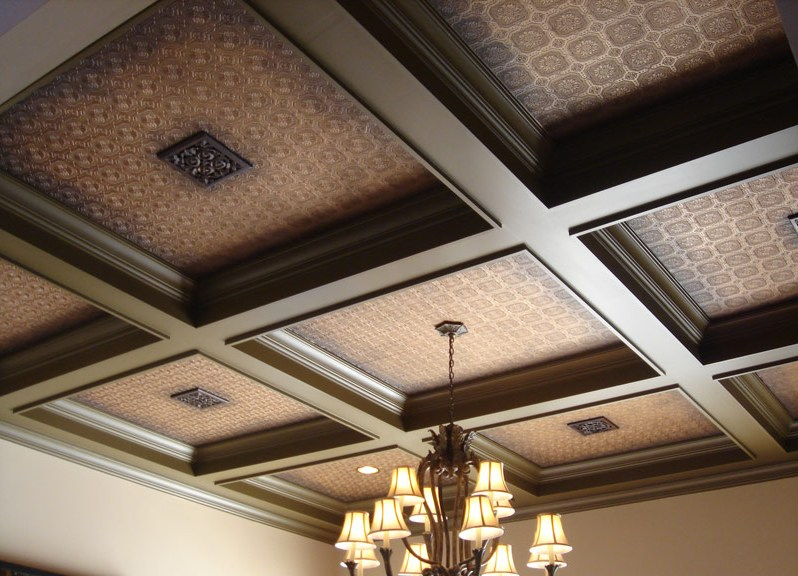 Подшивка потолка по деревянным балкам: черновой подшивной потолок в частном доме, чем лучше подшить, как подшивать доской