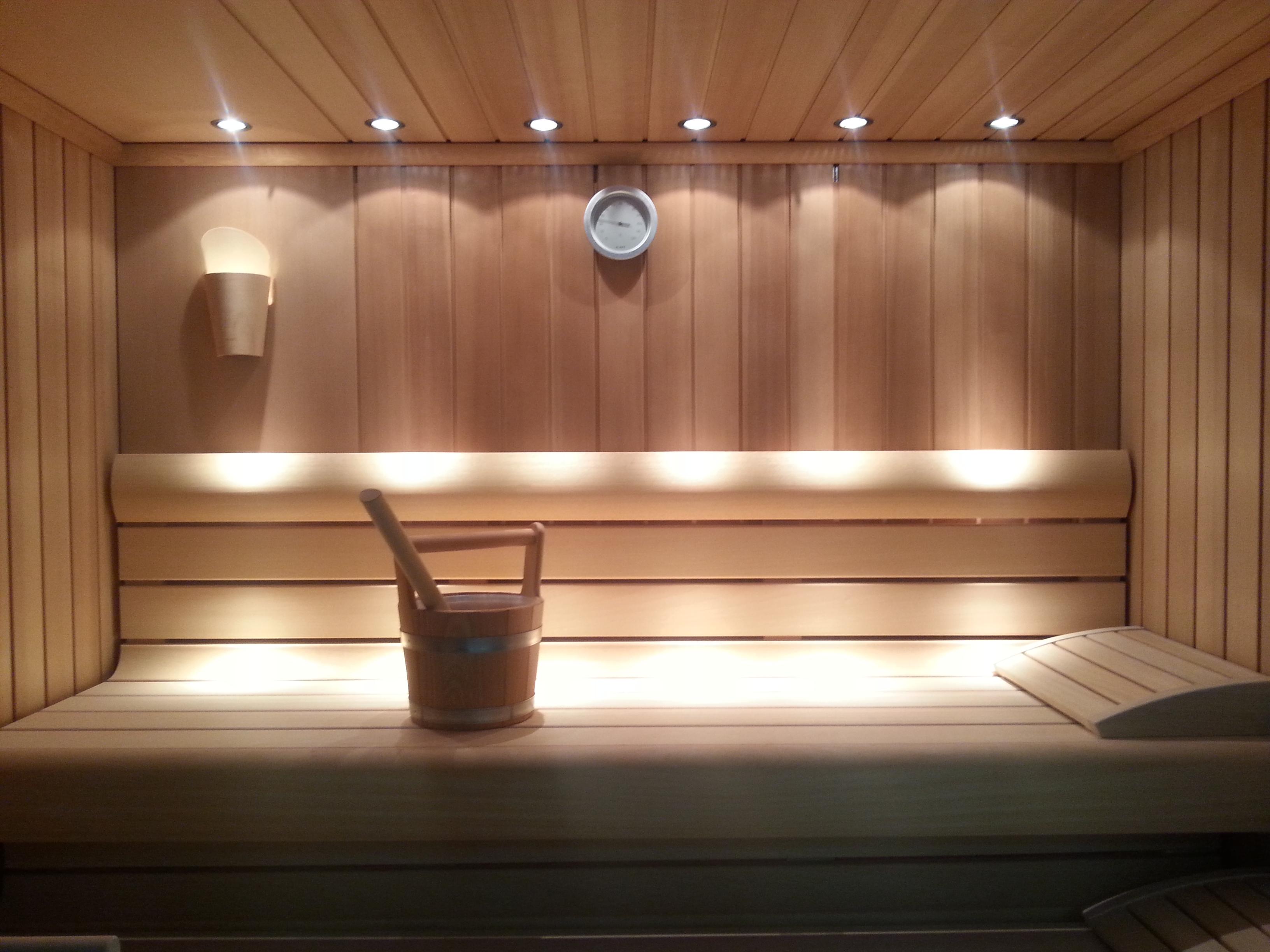 Как сделать освещение в бане в парилке