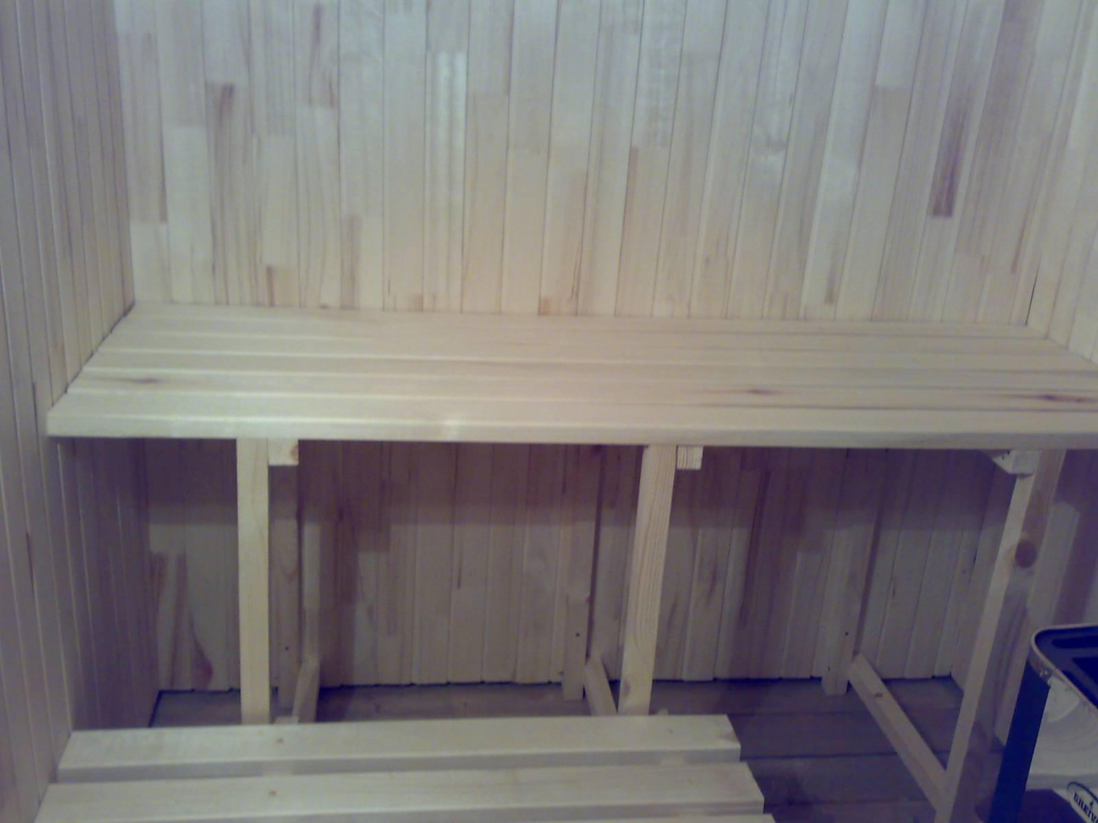 Полок в баню: правильное строительство и монтаж своими руками