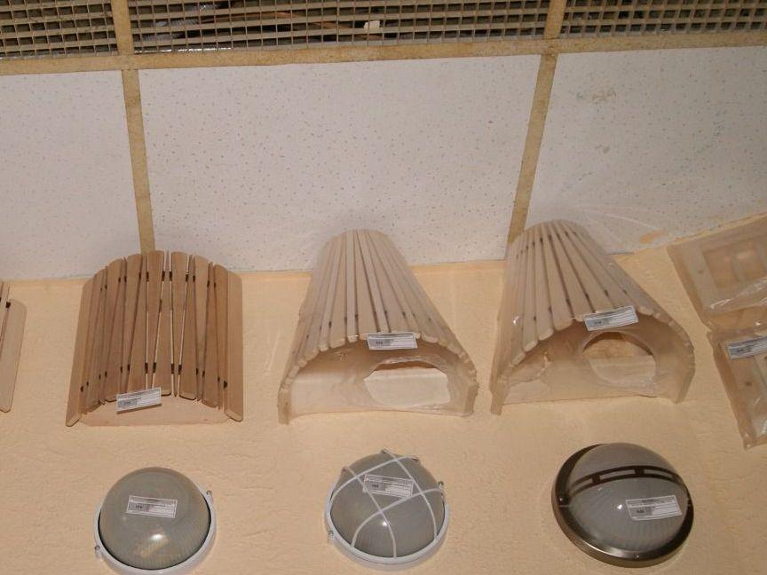 Светильники для бани в парилку (64 фото): как правильно сделать освещение, использование светодиодных ламп и свет в парной своими руками