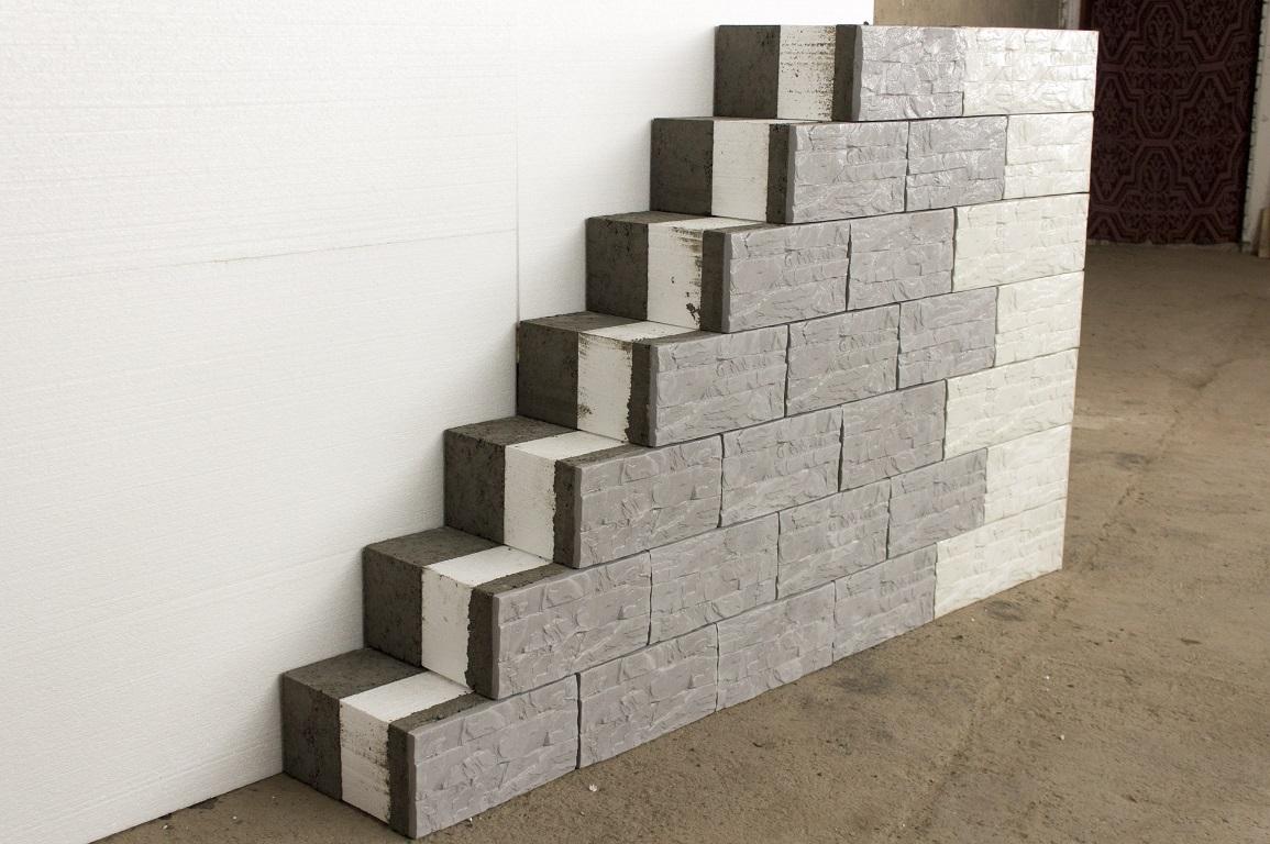 Многослойные строительные блоки. утеплитель и отделка