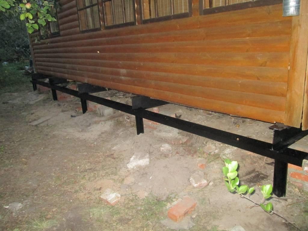 Фундамент на винтовых сваях для бани