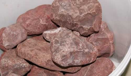 Малиновый кварцит для бани: свойства этого камня, белый кварц для бани, в целом кварцевые камни