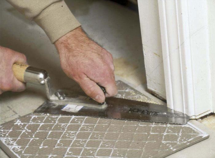 Укладка плитки на гвл в ванной комнате — пошаговое видео и фото