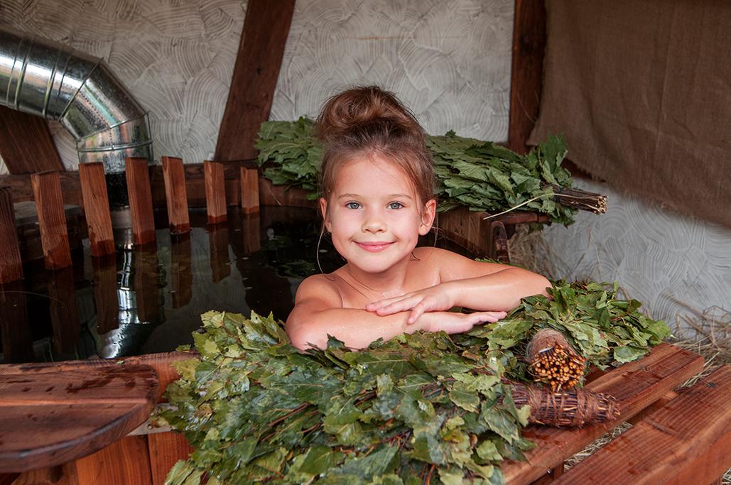 Польза посещения русской бани и финской сауны для здоровья человека, как приучить ребенка париться