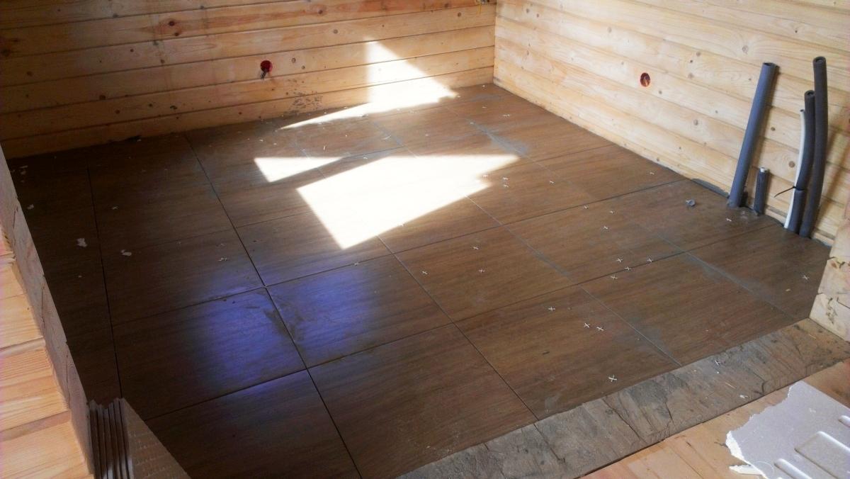 Как положить плитку в деревянном доме: особенности укладки