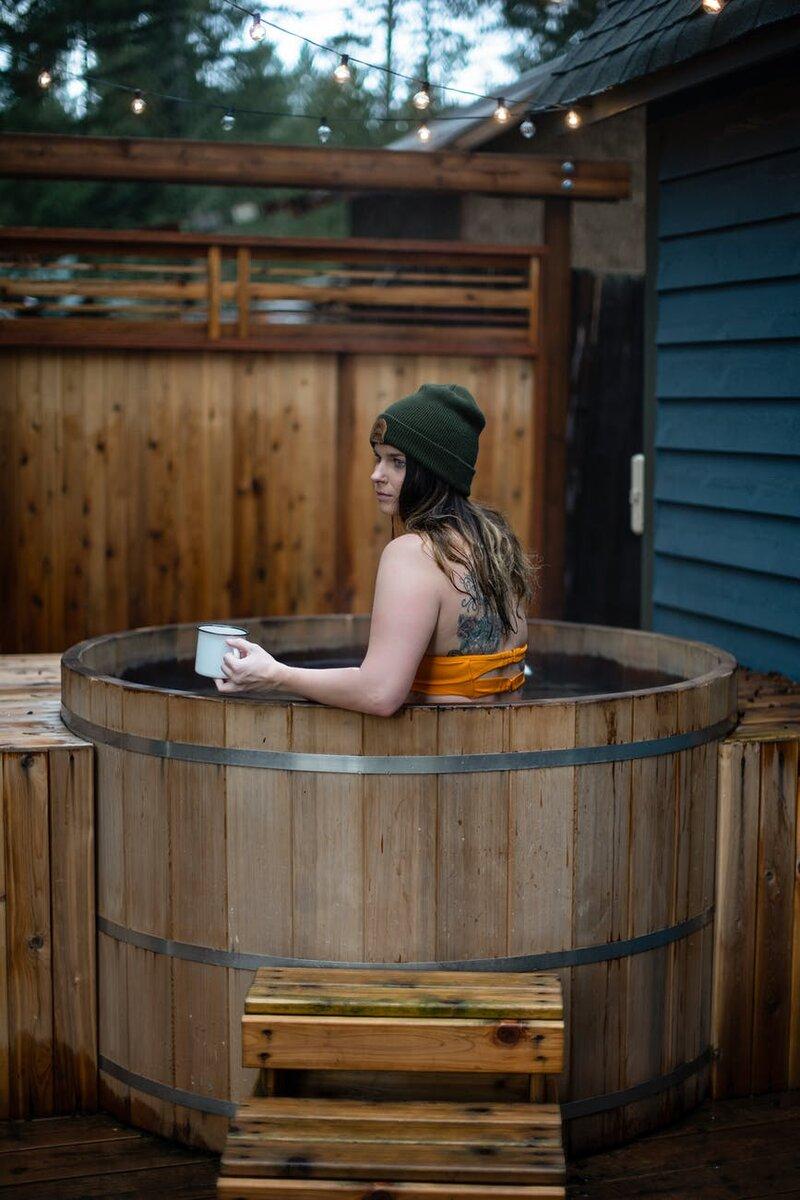 Бак для воды в баню - как выбрать и подключить своими руками?