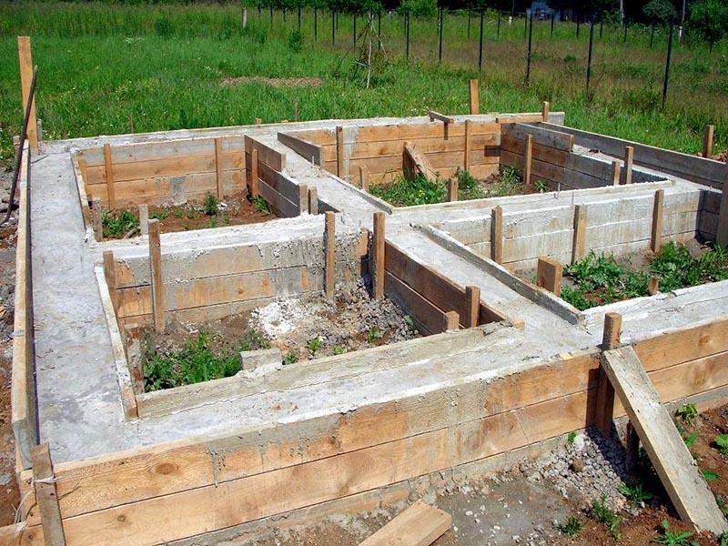 Баня из пеноблоков своими руками - поэтапное строительство +фото