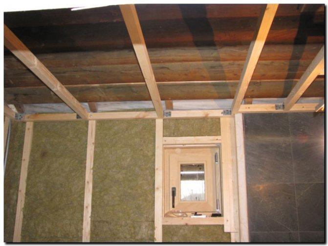 Потолок в каркасной бане
