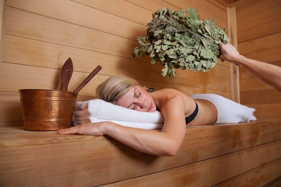 Посещение бани при повышенной температуре тела: можно или лучше воздержаться?