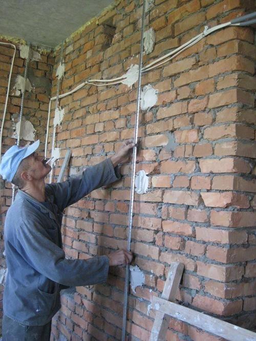 Маяки для штукатурки стен: как правильно выставить, установка своими руками, крепления на саморезы, размеры