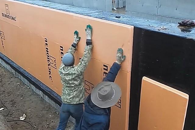 Как крепить пеноплекс к кирпичной стене - чем приклеить