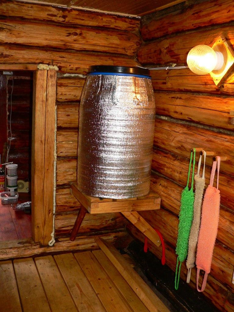 С выносным баком или навесным. бак для бани на трубу – преимущества применения