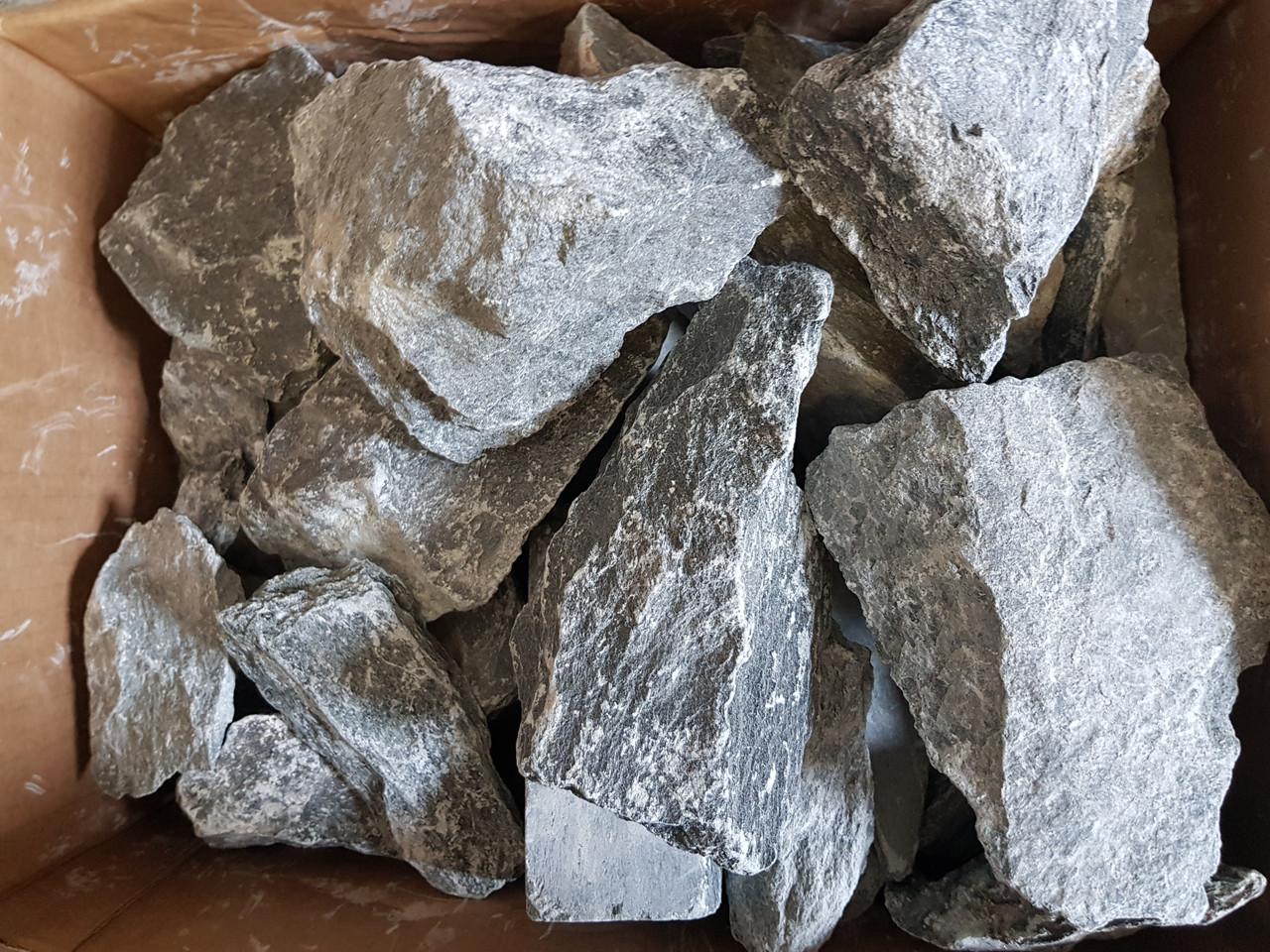 Талькохлорит: свойства камня для бани. в чем разница с талькомагнезитом? лучше ли он, чем змеевик?