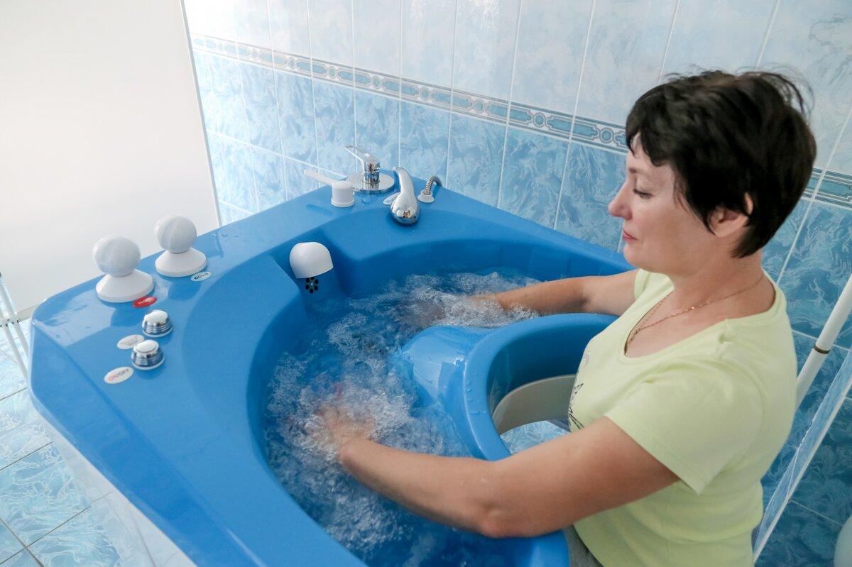 Подводный гидромассаж: ручной, сухой, в домашних условиях