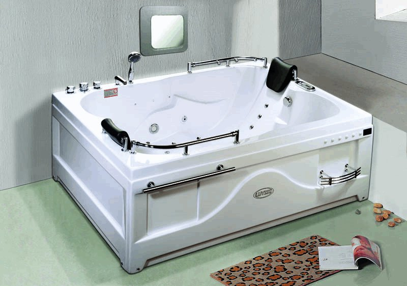 Как выбрать и установить гидромассажную ванну