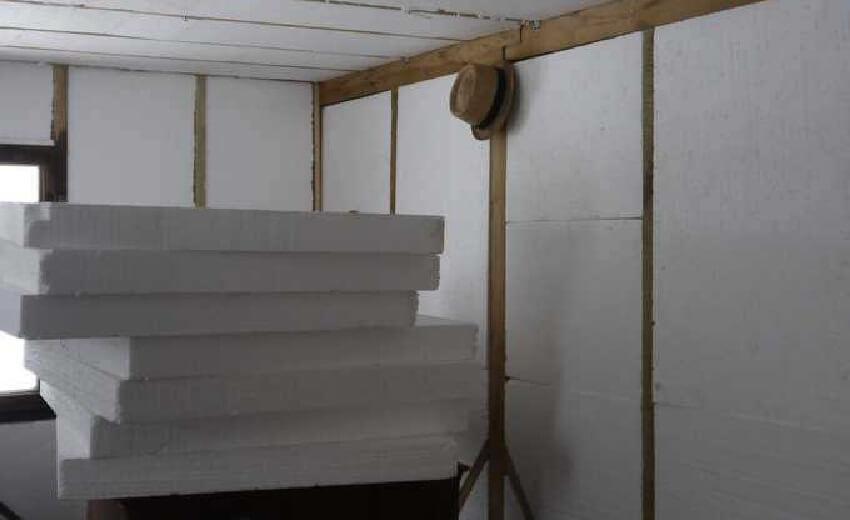 Утепление каркасной бани: как утеплить изнутри своими руками, какой утеплитель выбрать для стен, толщина пенопласта, как правильно, фото и видео