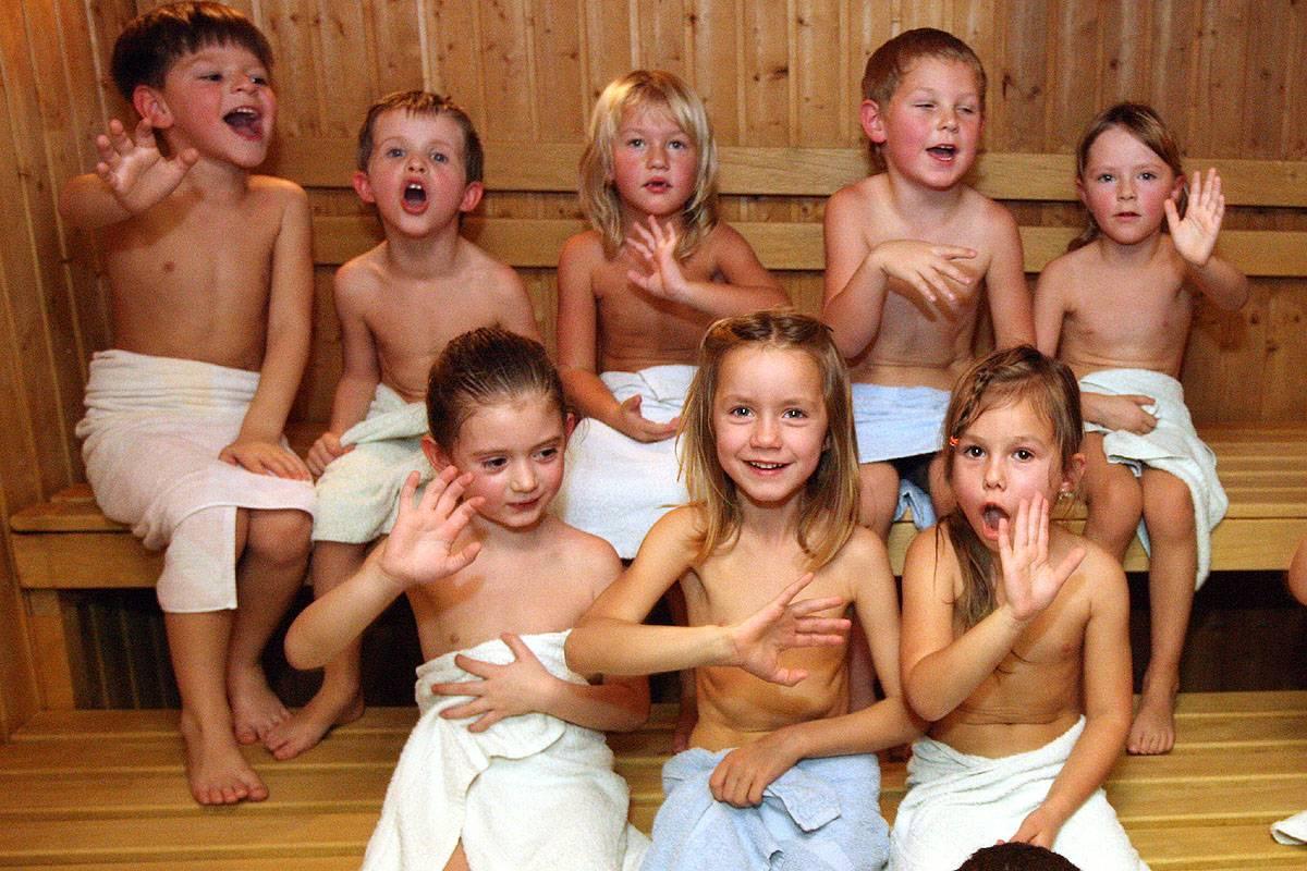 Можно ли детям в баню - советы как правильно приучить детей к походам в баню