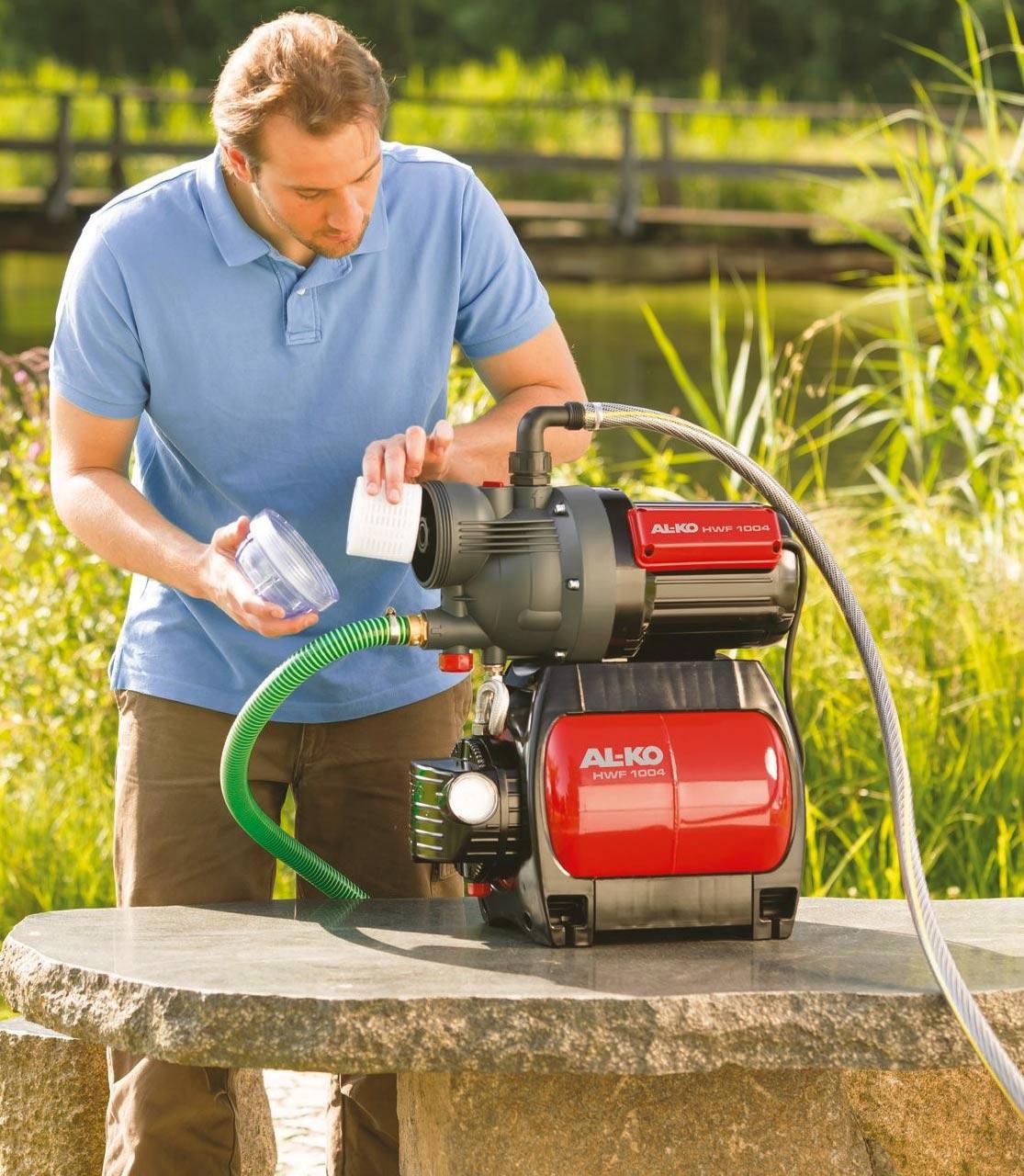Как выбрать насосную станцию для бесперебойной подачи воды в загородный дом