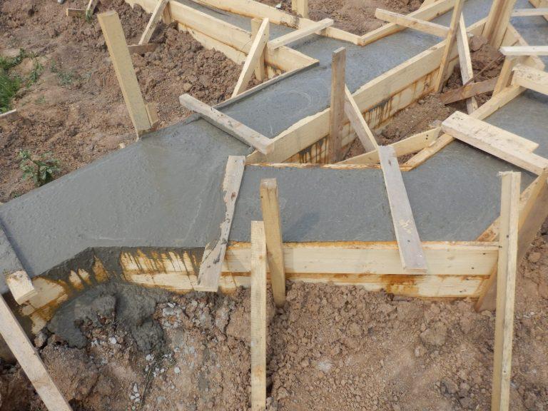 Можно ли заливать фундамент частями: инструкция, технология заливки.