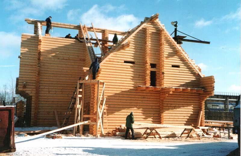 Можно ли строить дом зимой: особенности, плюсы и минусы