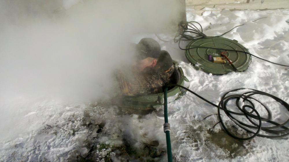 Как отогреть замерзший водопровод - отогреваем трубы из пластика, полипропилена или металла