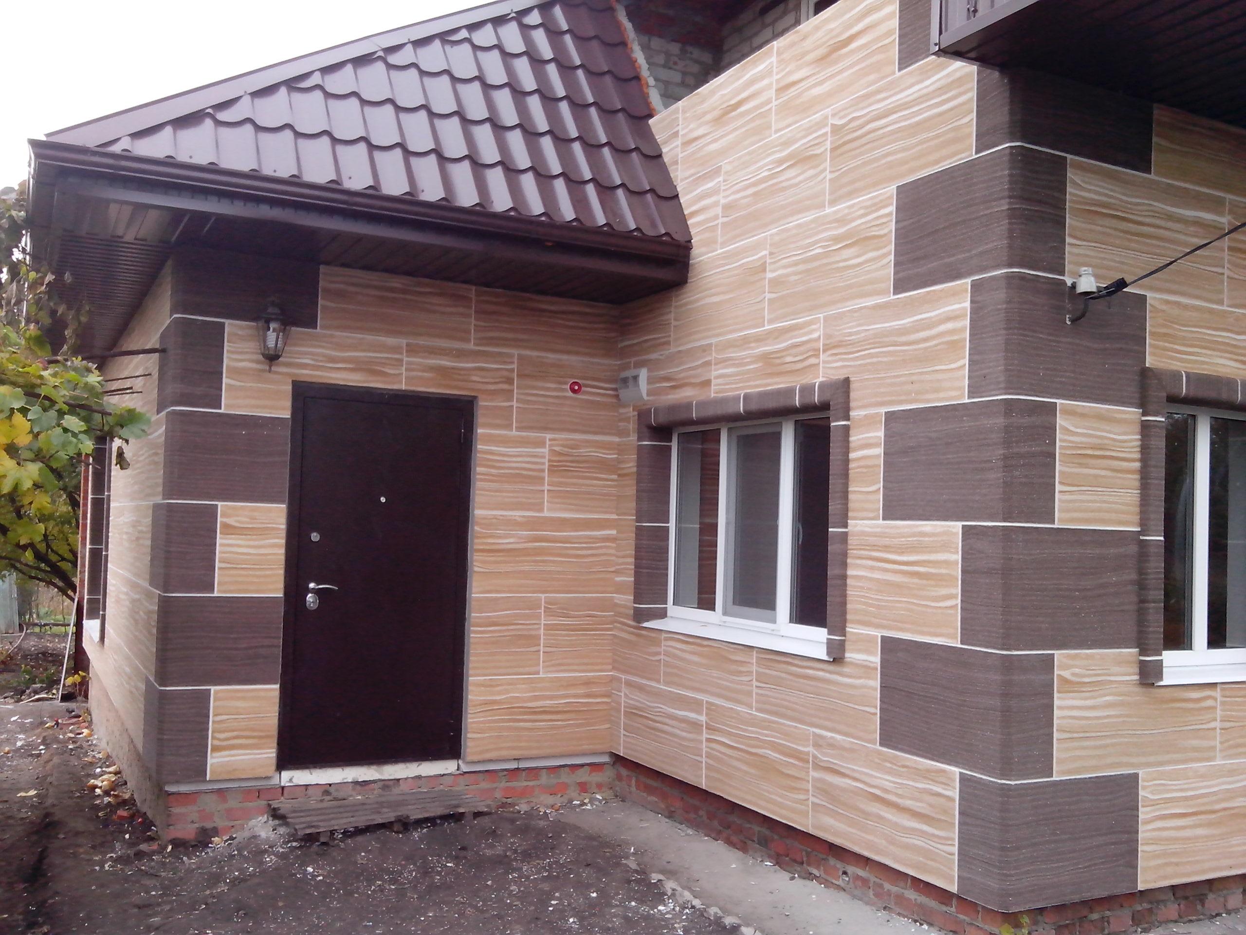 Фасадные панели для наружной отделки дома: обзор облицовочных материалов