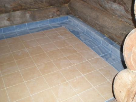 Нескользящая плитка для бани на пол (38 фото): как положить плитку на деревянный пол с уклоном, выбор клея и укладка