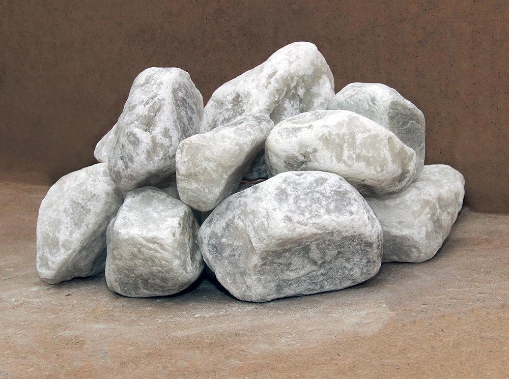 Описание и свойства малинового кварцита, применение камня в бане, польза и противопоказания