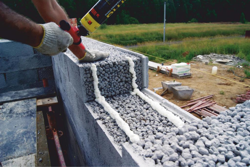 Фундамент для гаража из керамзитобетонных блоков