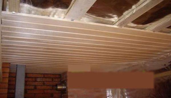 Потолок в бане своими руками пошаговое руководство: устройство, пароизоляция и гидроизоляция в парилке, монтаж вагонки