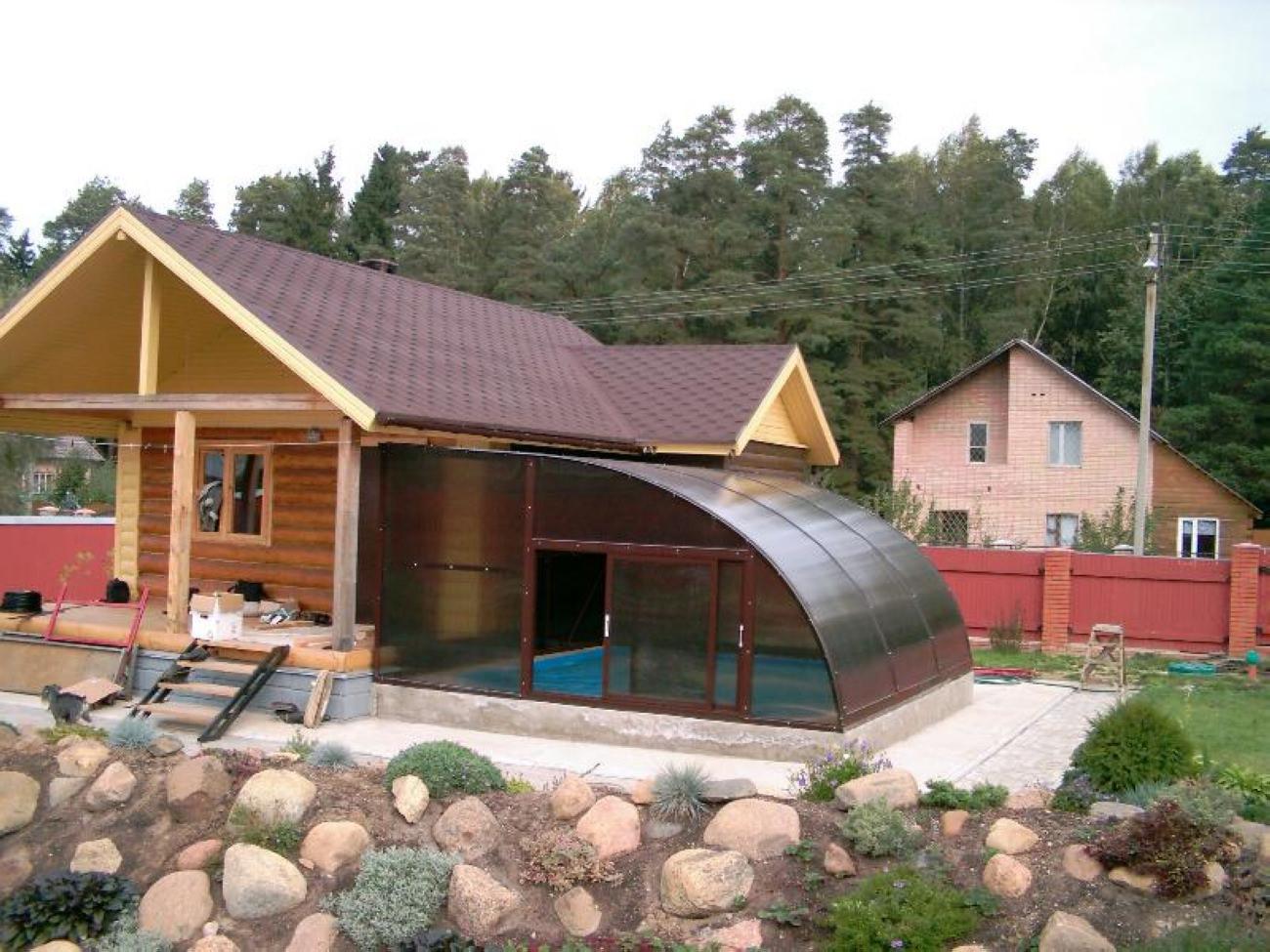 Что такое баня с беседкой под одной крышей? фото и проекты