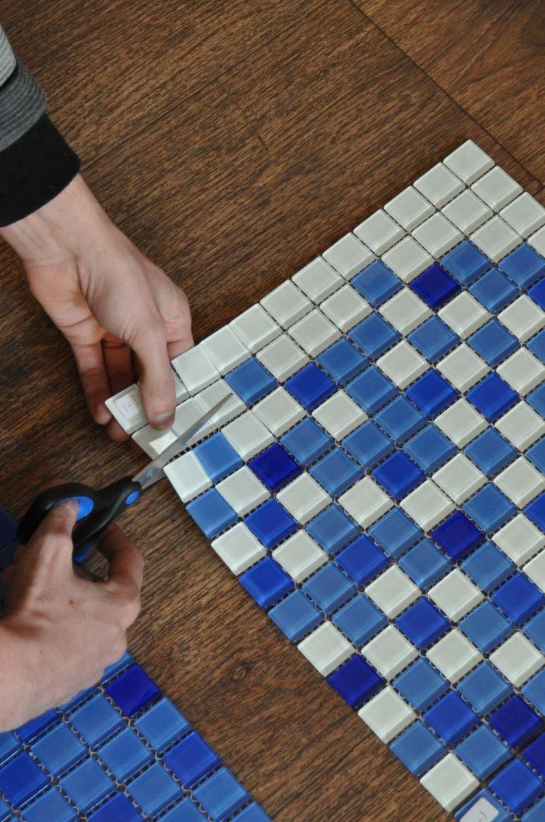 Как приклеить мозаику на деревянную поверхность? - о нюансах в строительных работах