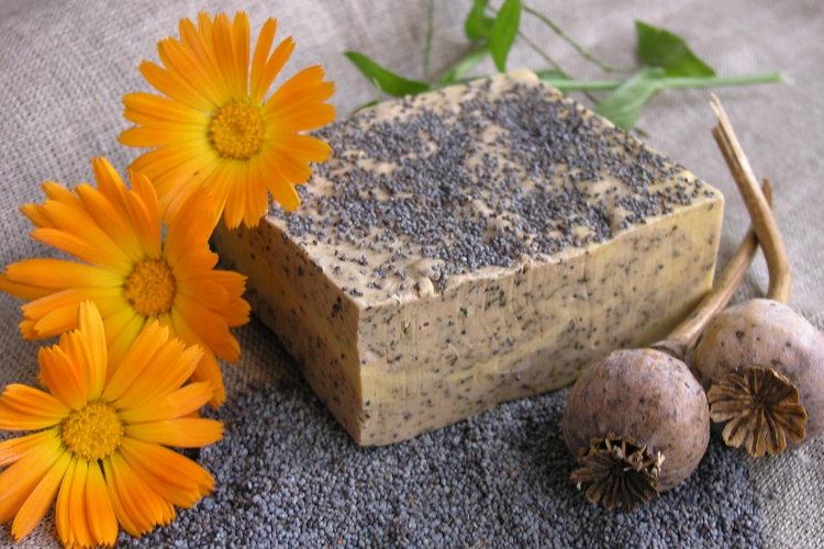 Рецепты как сварить мыло из обмылков в домашних условиях или с нуля | comp-plus.ru