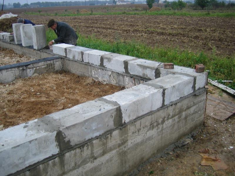 Дом из керамзитобетонных блоков своими руками — 3 этапа строительства