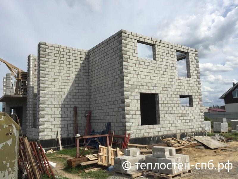 """Технология """"теплостен"""" - строительство дома из блоков"""