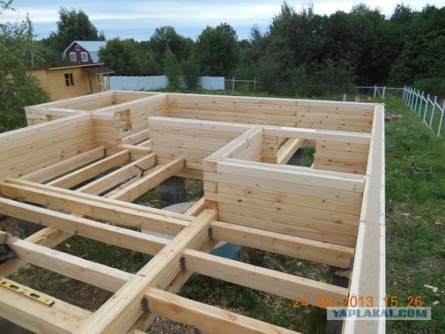 Как построить баню из бруса своими руками?