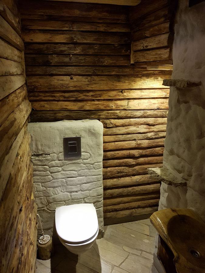 Душ в бане: как сделать, интерьер моечной без водопровода