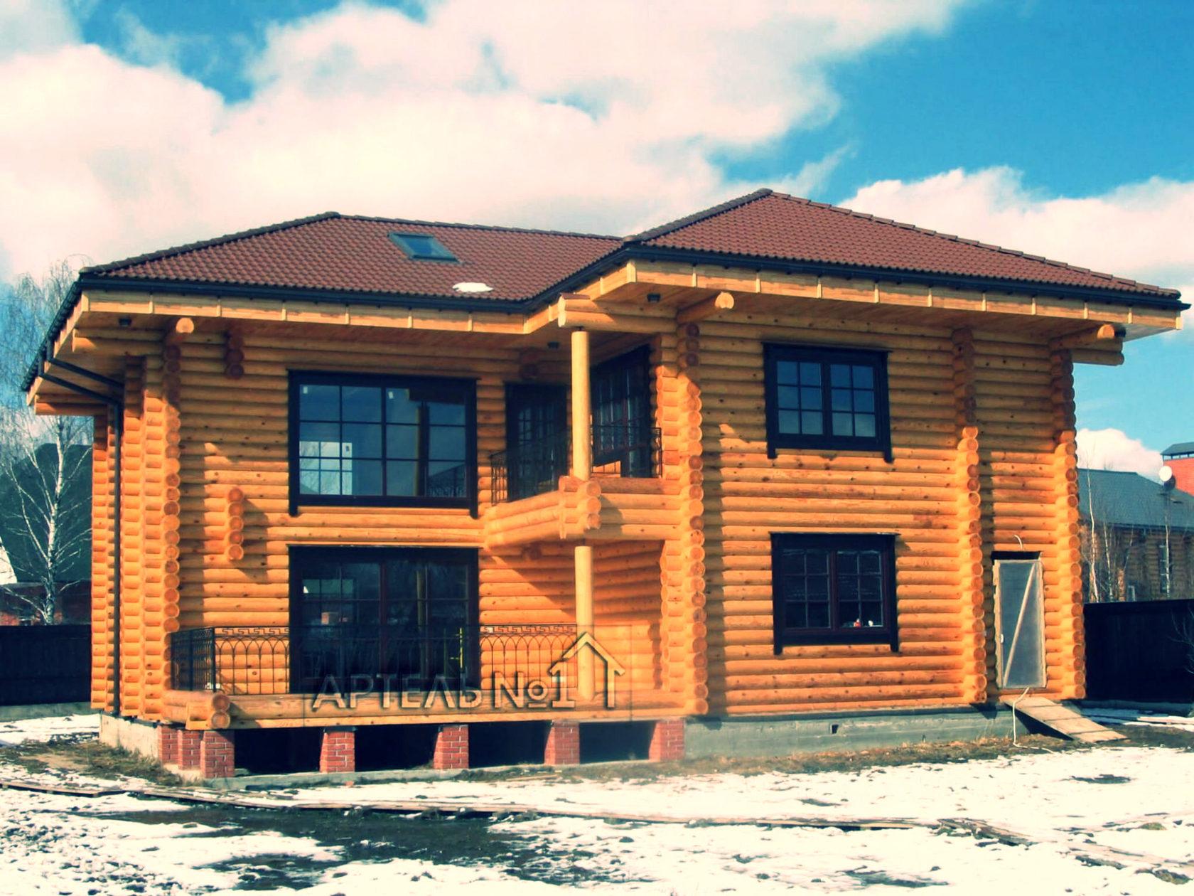Дома из рубленного бревна и особенности их возведения