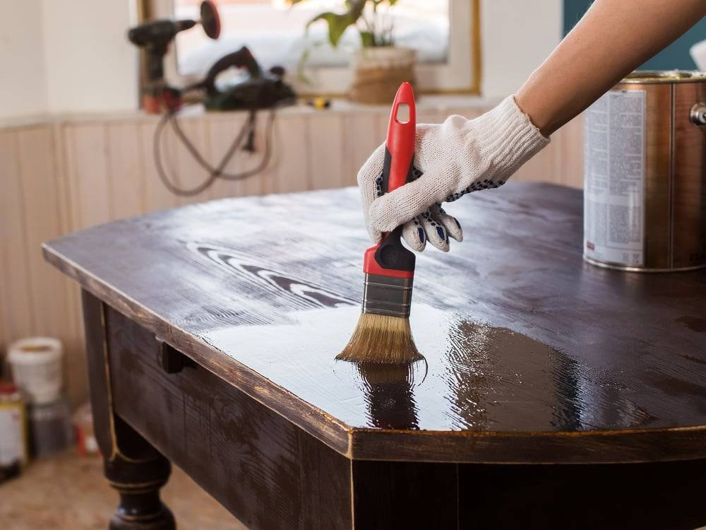 Покраска дерева: подготовка, обработка и окрашивание деревянных поверхностей и изделий - технология