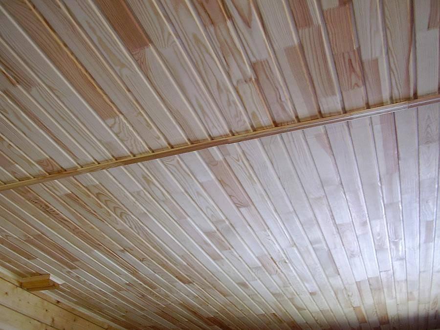 Чем крепить и как обшить потолок в бане вагонкой